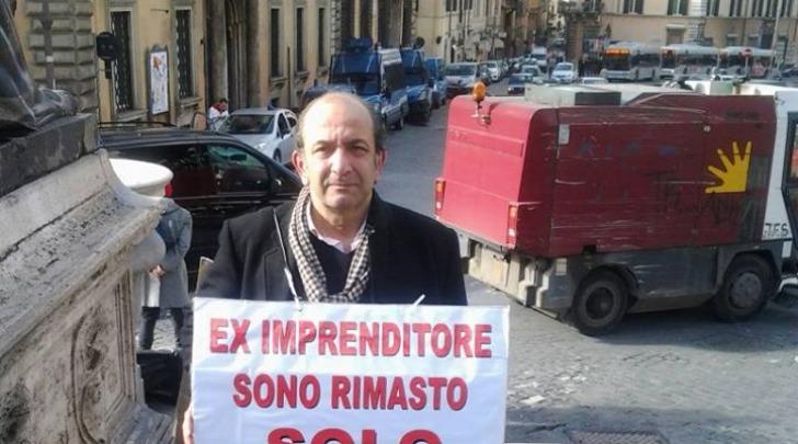 protesta imprenditore