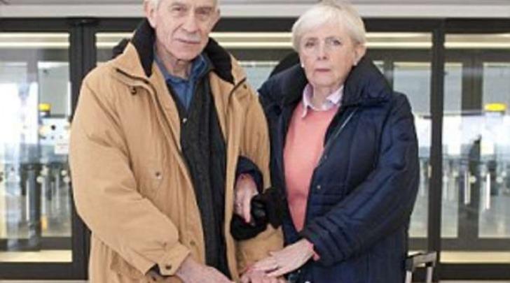 Alan Lane and Katrina Smith, senzatetto a Heathrow (Daily Mail)