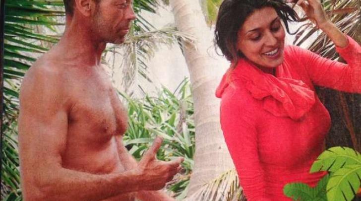 Rocco Siffredi flirta con Cristina Buccino (Isola.mediaset.it)