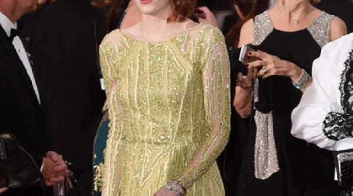 Emma Stone Upskirt