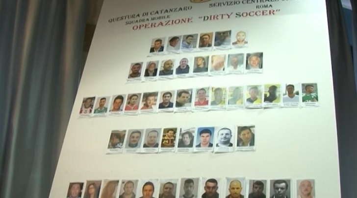 Dirty soccer-polizia catanzaro
