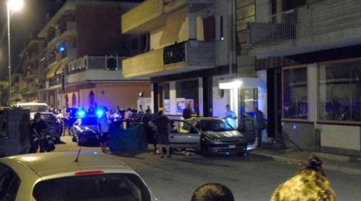 Il luogo dell'omicidio di Martinsicuro (foto Ansa)