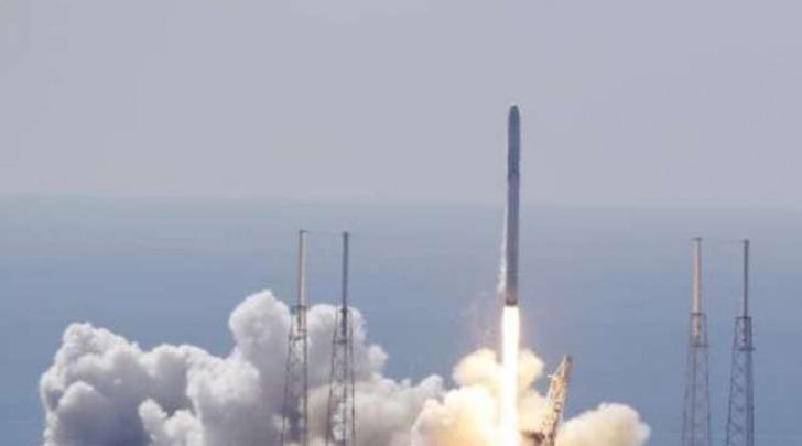 Spazio, esplode il razzo Falcon-9 - Ufficio Stampa