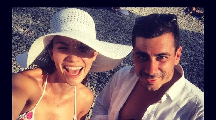 Fiammetta Cicogna al mare a Taormina con un amico su instagram