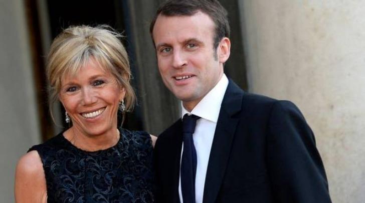 Francia, il ministro Macron ha sposato la sua ex professoressa di liceo