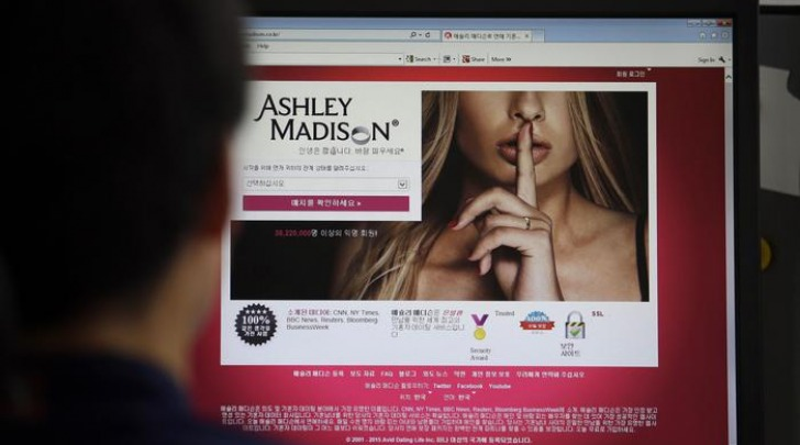 Ashley Madison sotto tiro hacker