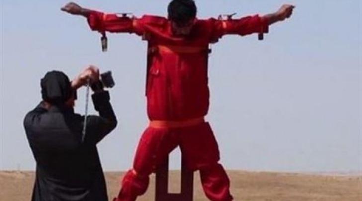 Fotogramma preso dal video dell'orrore