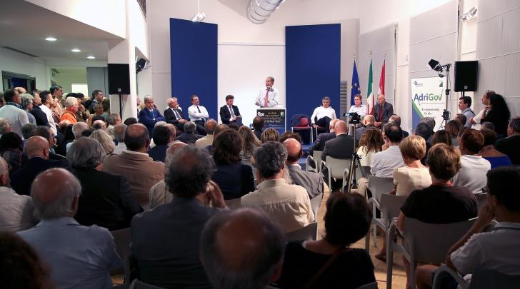 """Pescara - Convegno """"Le Sfide Dell'Europa"""""""