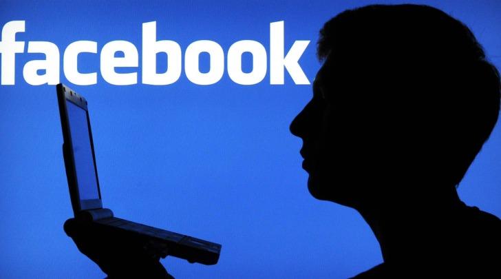 facebook identità