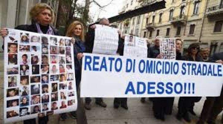Manifestazione per approvazione reato omicidio stradale