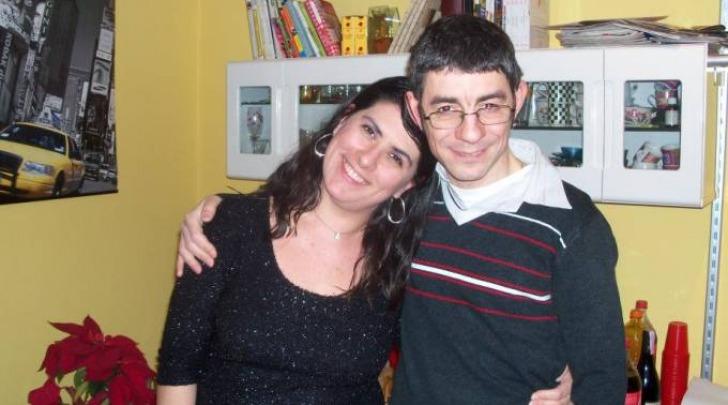 Angela Nesta con il marito Francesco - foto da Facebook