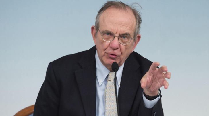il ministro dell'Economia Pier Carlo Padoan