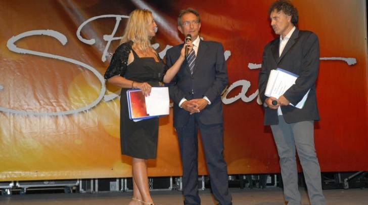 Il sindaco dell'Aquila premiato a Montesilvano