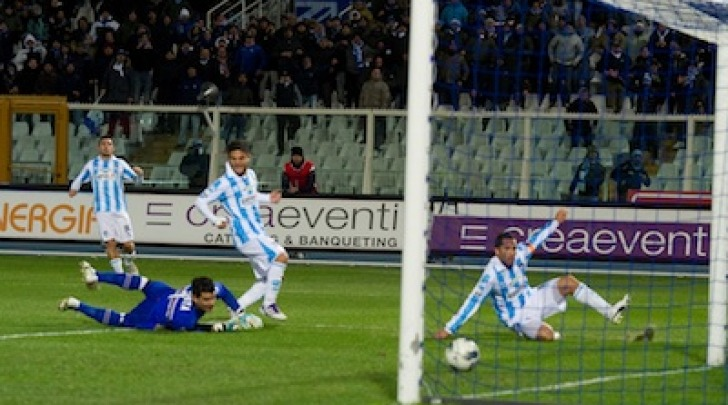 Il gol di Sansovini nell'ultimo Pescara-Samp