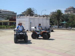 A Pescara avviato il servizio di soccorso in spiaggia con i quad