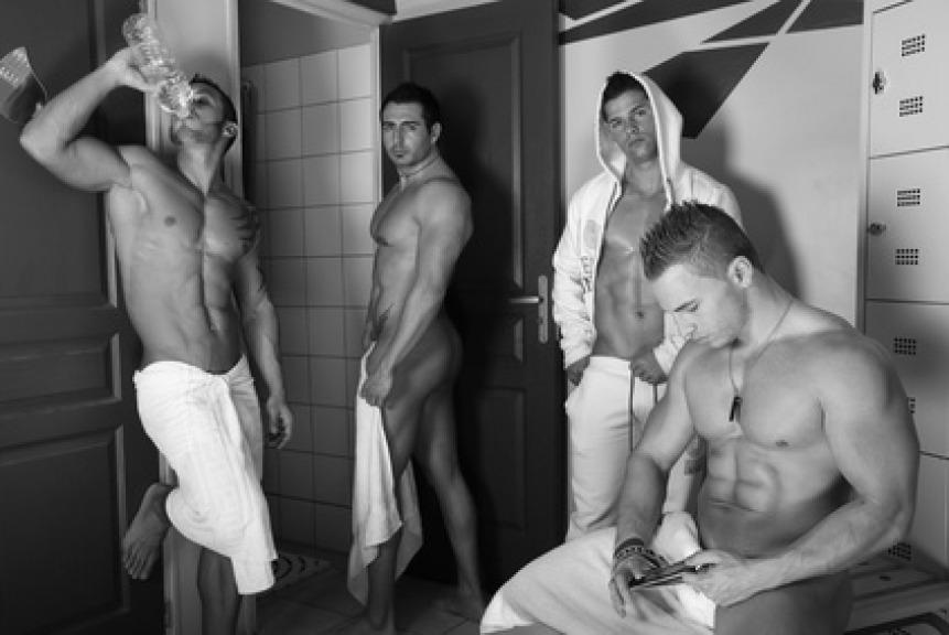 erezione in spogliatoio