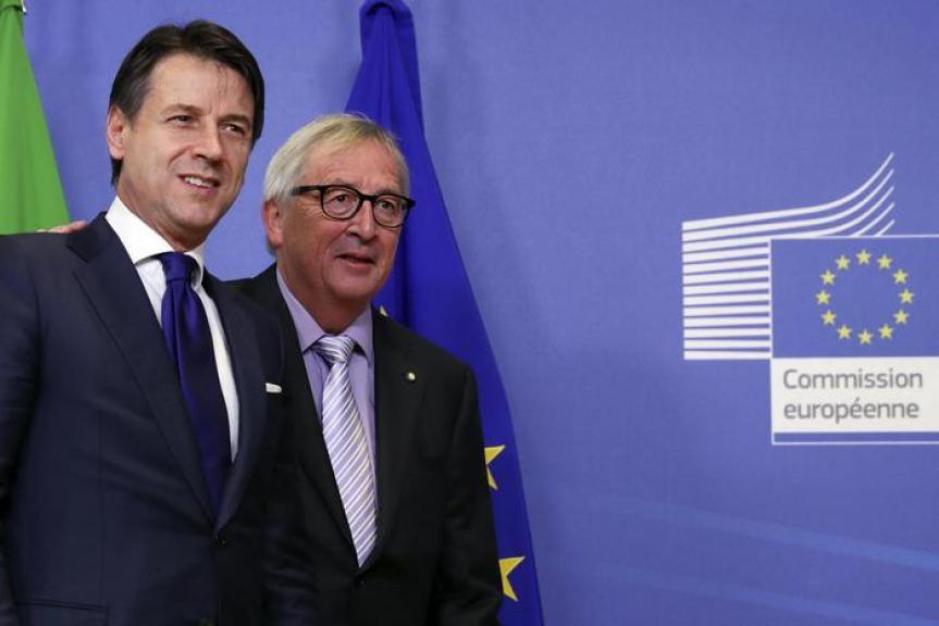 Dopo averci sottratto 4300 miliardi di euro, la UE boccia la manovra