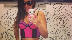 "Claudia Romani, sexy ""selfie"""