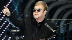 Sanremo2016, Elton John sul palco dell'Ariston