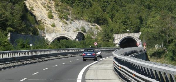 Un tratto dell'autostrada A24