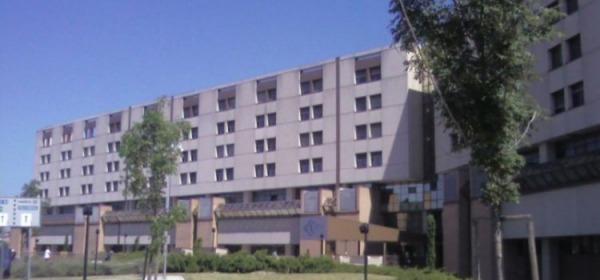 L'ospedale Salesi di Ancona dove è ricoverato il bimbo