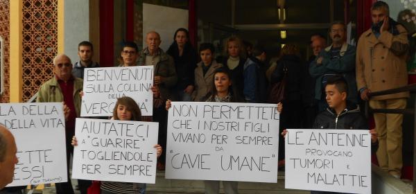 Protesta antenne San Silvestro