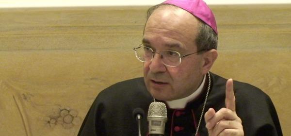 Monsignor Petrocchi, Arcivescovo dell'Aquila