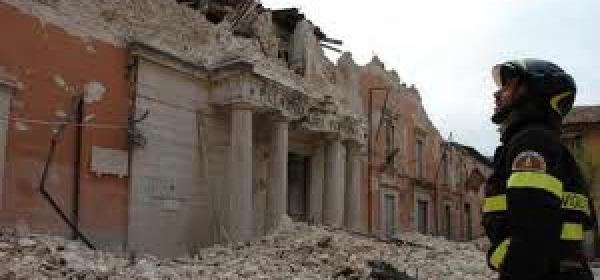 Soccorso vigili terremoto l'aquila