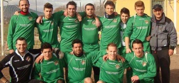 Riccardo Pollice con i suoi compagni di squadra