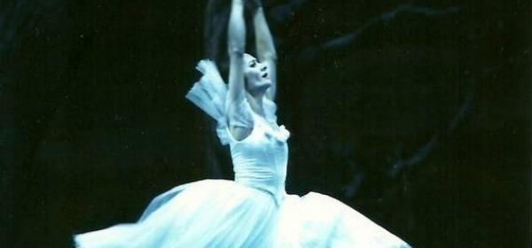 "Laura Comi - ""Giselle"""