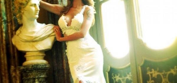 Belen Rodriguez in abito da sposa