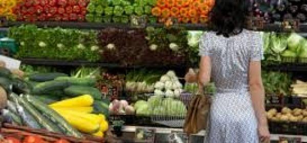 Frutta e verdure, frenano inflazione