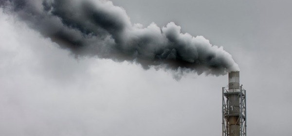 La ciminiera dell'impianto a Biomassa di Treglio