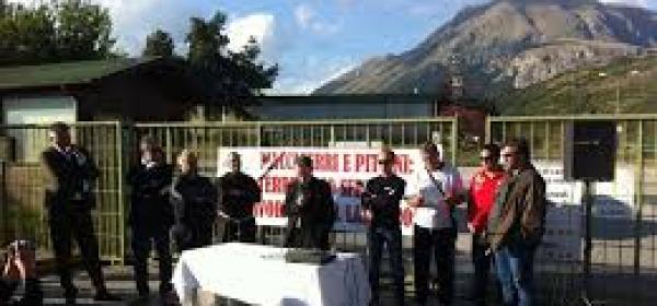 Manifestazione trafileria Pittini - Celano