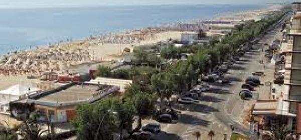 Il lungomare di Alba Adriatica