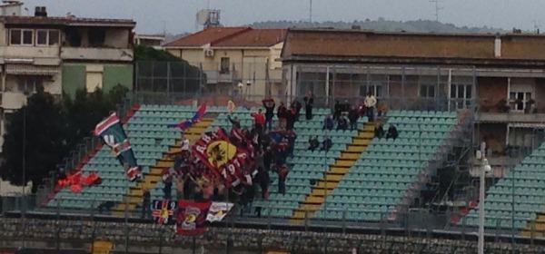 I tifosi rossoblù allo Zecchini di Grosseto
