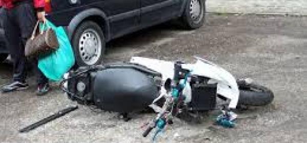 Scontro tra auto e scooter