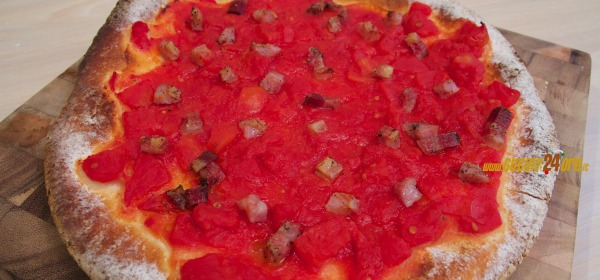 Pizza all'amatriciana