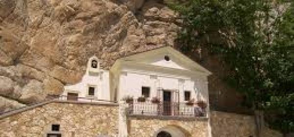 Il Santuario della Trinità di Vallepietra