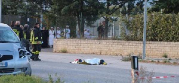 Il luogo del tragico incidente lungo la statale 17 a San Gregorio