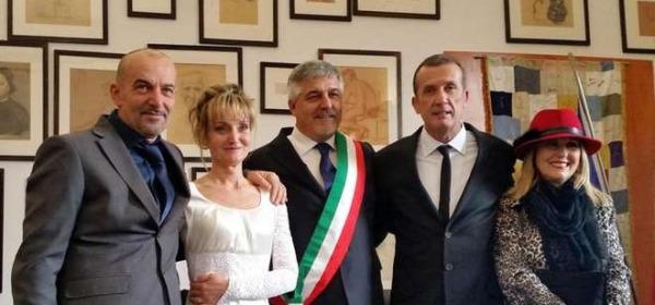 Il matrimonio di Antonella Cipriani, sopravvissuta al naufragio della Concordia (Ansa)