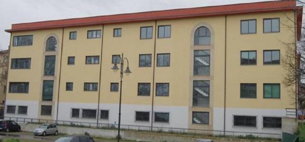 """Istituto Tecnico Commerciale """"Adone Zoli"""" di Atri"""