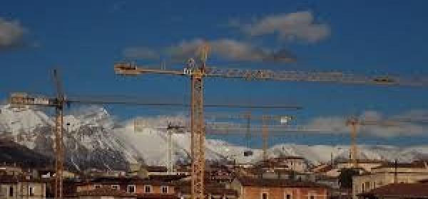 L'Aquila Gru della Ricostruzione