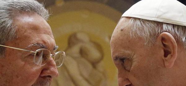 Raul Castro e Papa Francesco