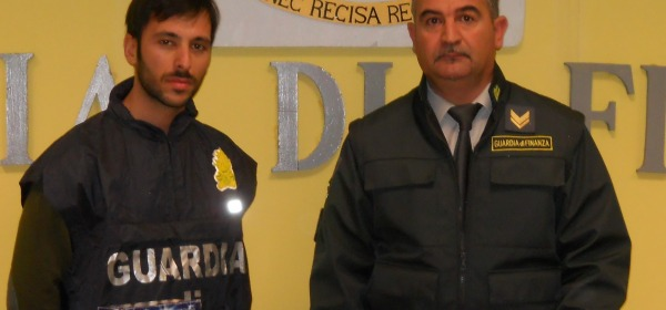 guardia finanza sequestro merce
