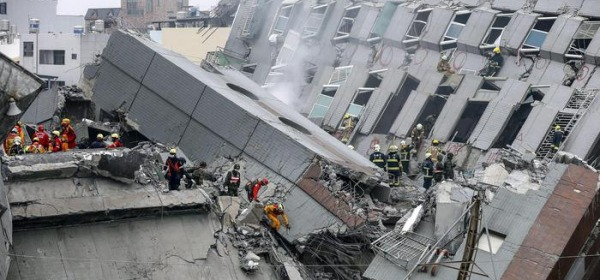 Crollo terremoto taiwan-foto da ansa