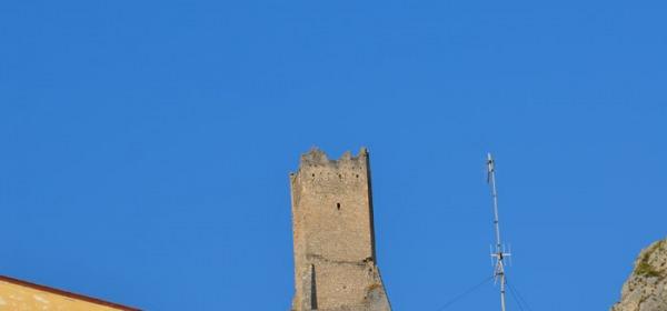 torre vecchia -Pescina