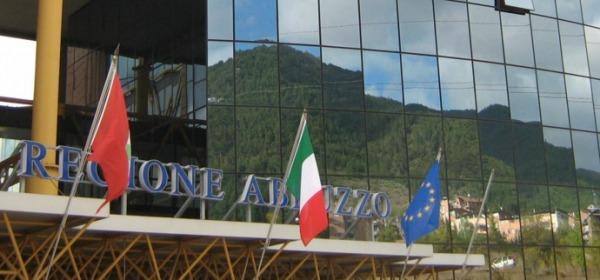Regione Abruzzo - particolare Palazzo Silone