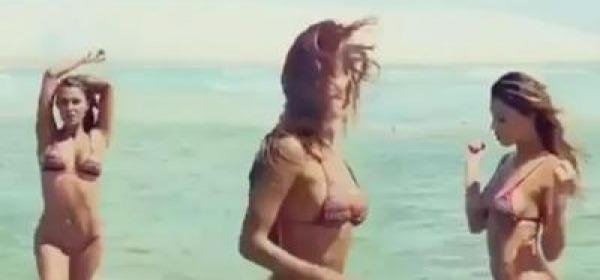 Alessia Marcuzzi Backstage Calendario.Backstage Video Notizie Da Abruzzo24ore
