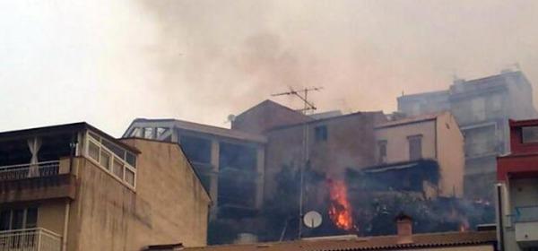 incendio a Palermo